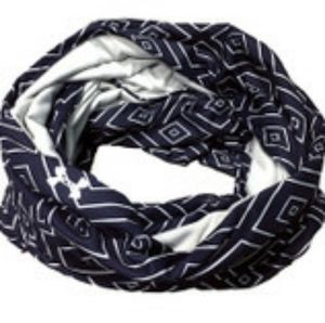 Under Armour Accessories - NWOT UNDER ARMOUR SOFT 🔷️DIAMOND INFINITY SCARF